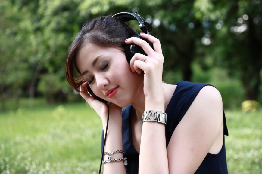 improving your pronunciation with music